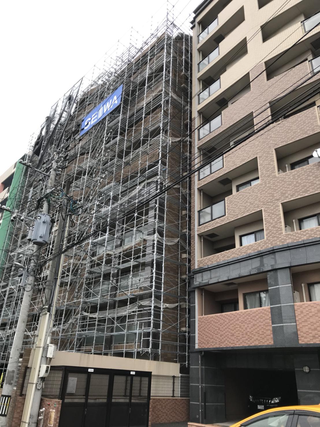 福岡市東区 9階建マンション 足場工事