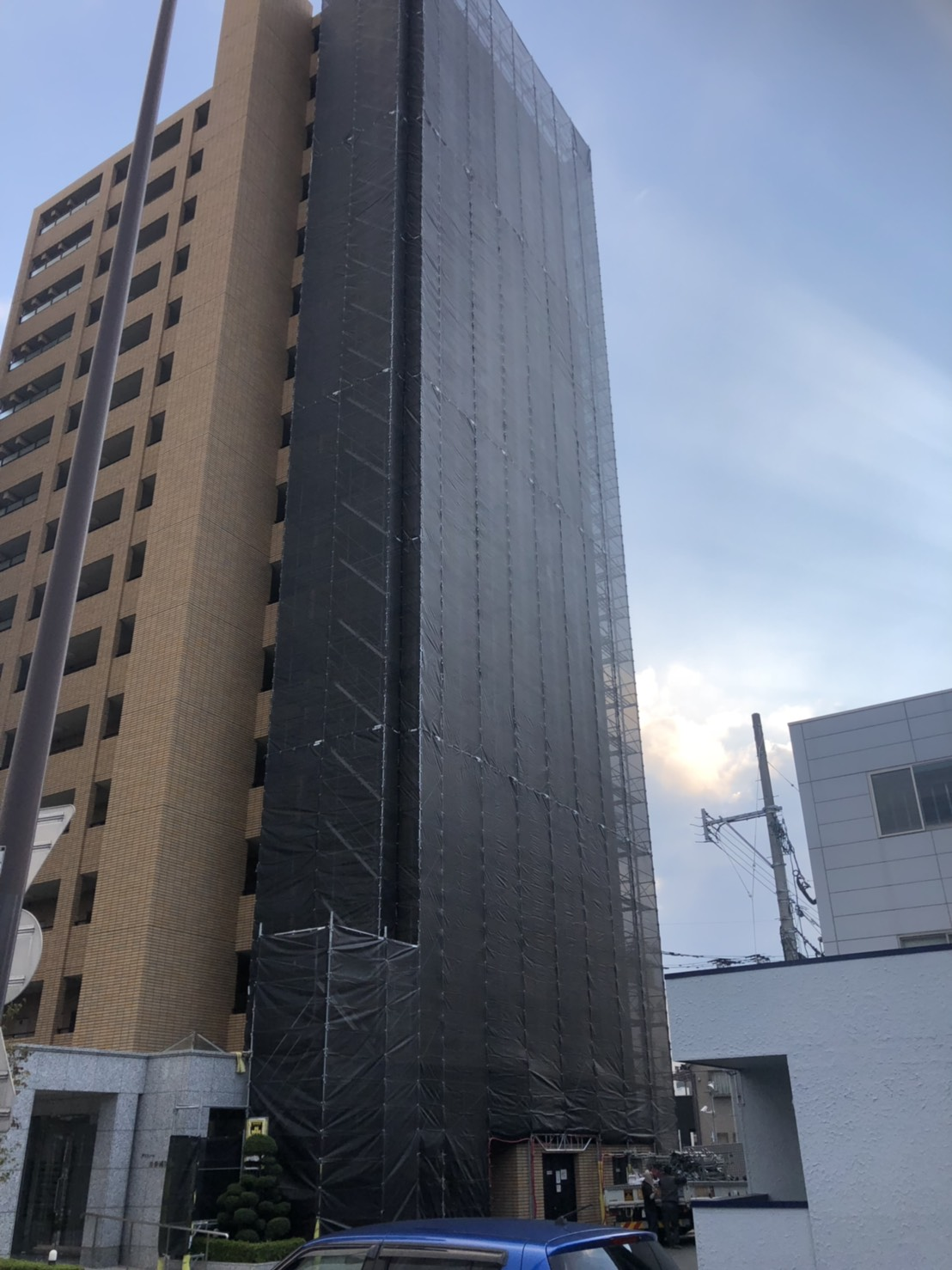 福岡市南区15階建 1面部分足場工事 その①
