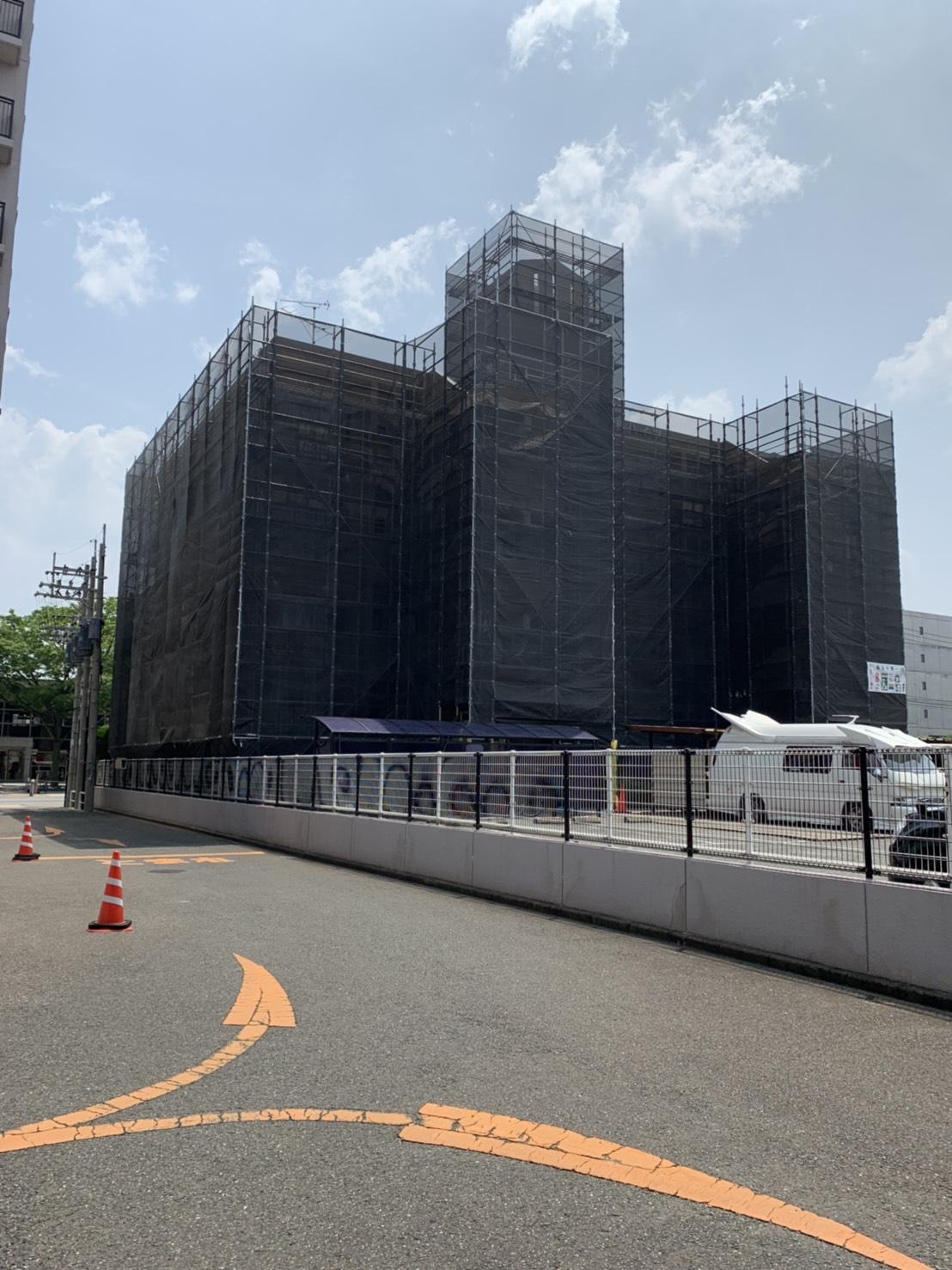 福岡県福岡市西区姪浜 4階建て 改修工事 足場
