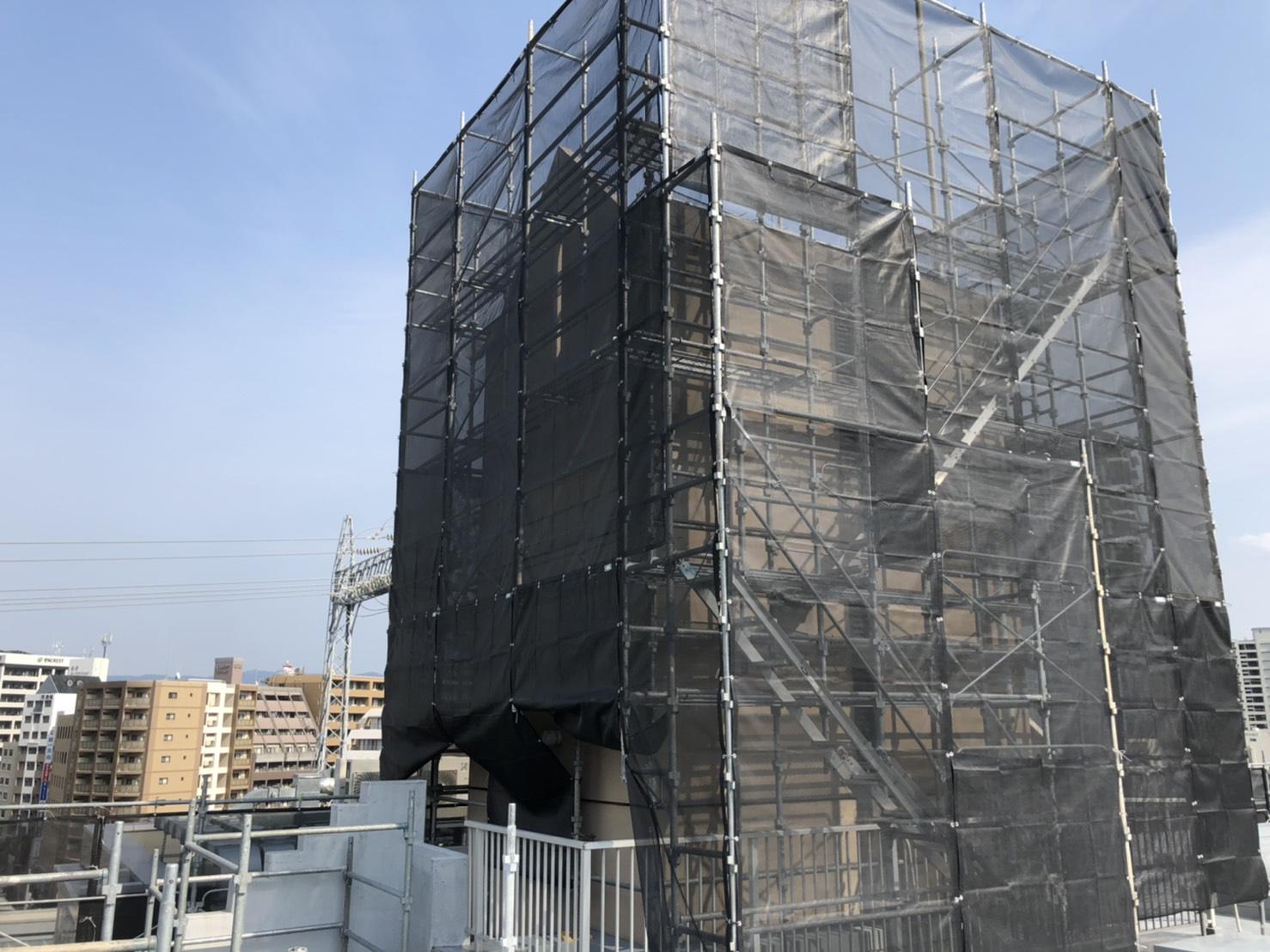 福岡県福岡市中央区薬院 薬院駅前 大規模改修工事 足場①