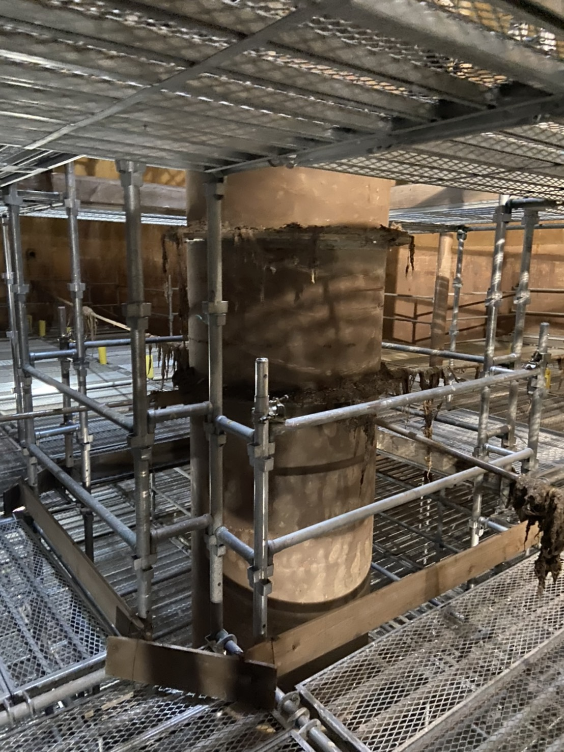 福岡市東区 水処理センター 貯水タンク内 足場工事⑦