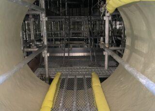 福岡県福岡市東区 某水処理センター 消化槽内 内部足場工事④