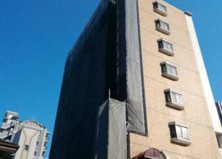 福岡県福岡市南区 マンション一面外壁改修工事 足場