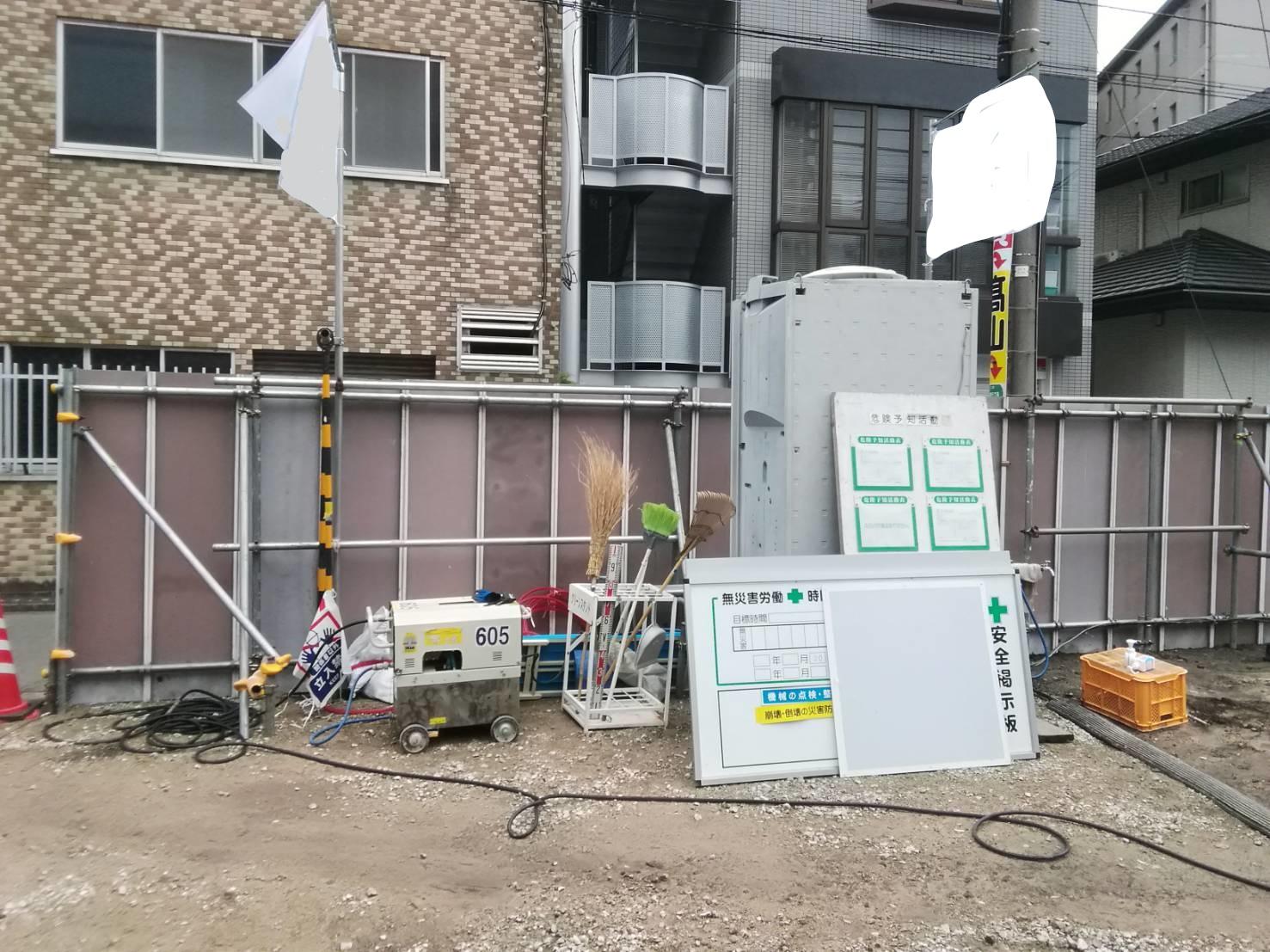 福岡県福岡市中央区 新築現場仮囲い足場工事③
