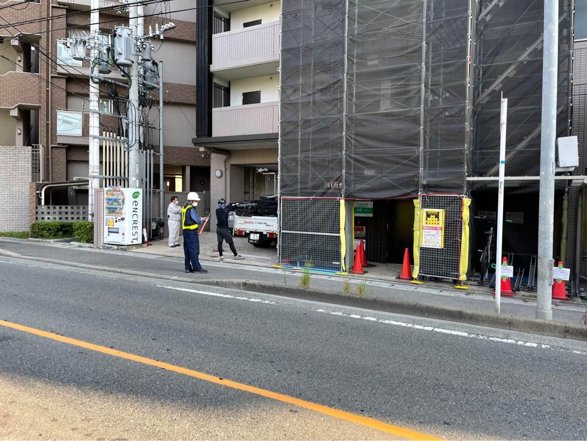 福岡県福岡市南区 外部階段まわり タイル補修工事 部分足場工事②